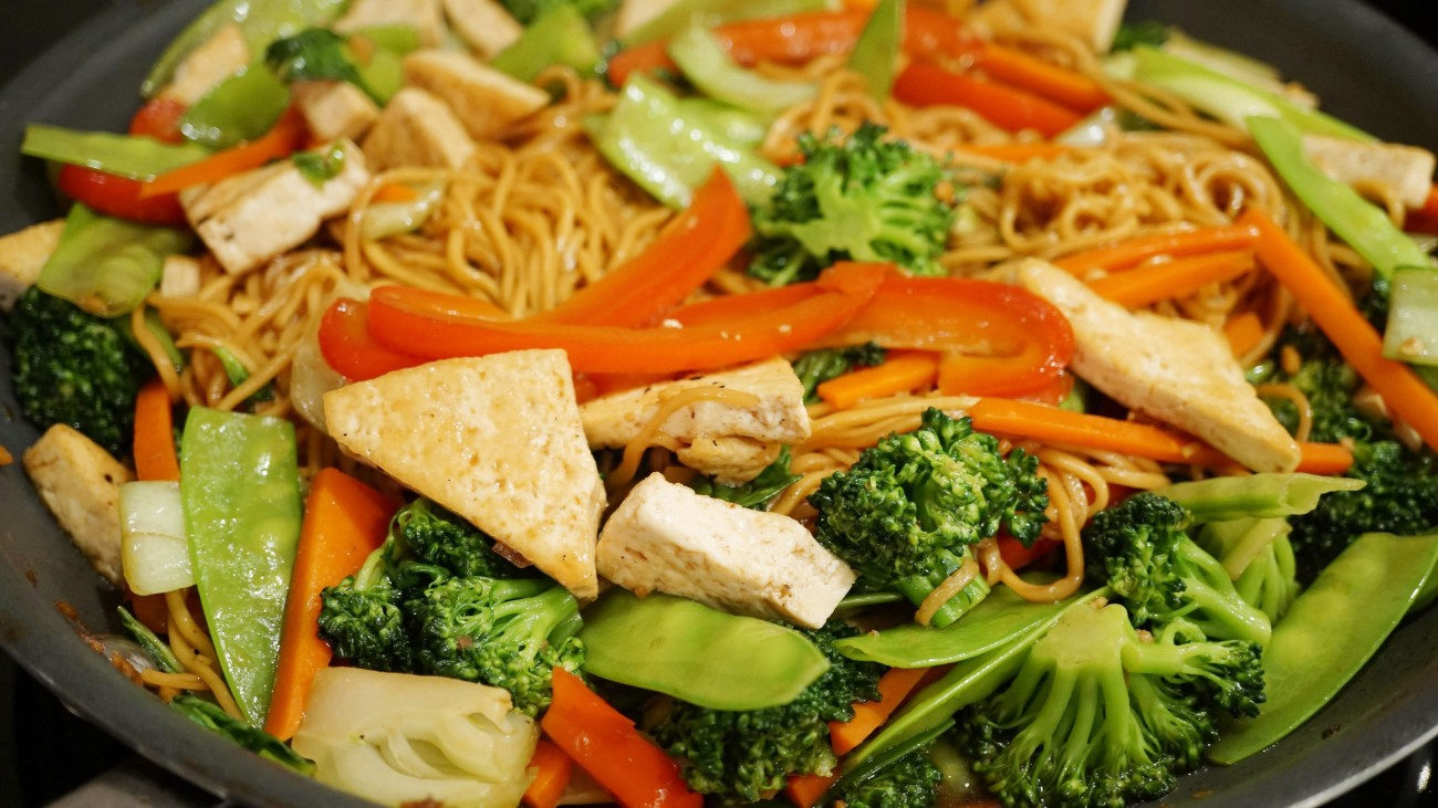 tofu-chow-mein