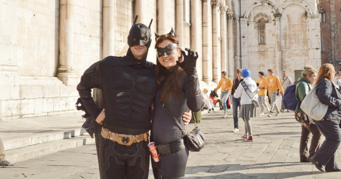 lecce-italy-batman-and-catwoman