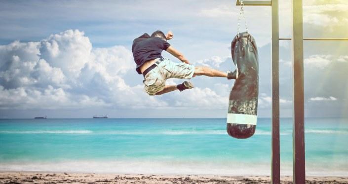 Kickbox beach